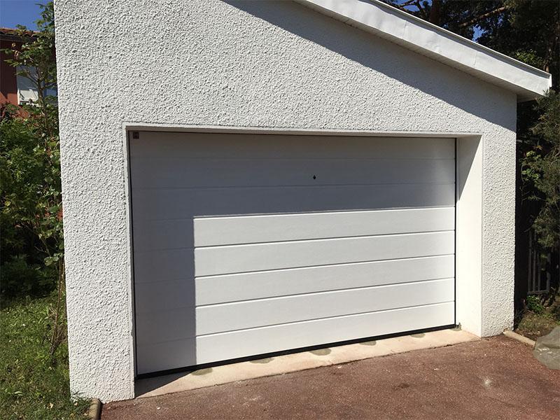 Portes de garage brignais brindas craponne et l 39 ouest for Garage lyon 1